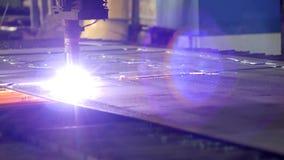 金属,特写镜头,金属切削等离子的生产等离子切口在一个现代激光机器的,机械 影视素材