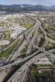 金州5和118高速公路互换天线在洛杉矶 免版税库存图片