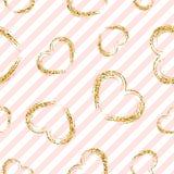 金心脏无缝的样式 桃红色白的几何条纹,金黄难看的东西五彩纸屑心脏 爱,情人节的标志 库存照片