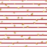 金心脏无缝的样式 红白的几何条纹,金黄五彩纸屑心脏 爱,情人节假日的标志 免版税库存图片