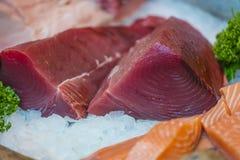 金枪鱼和三文鱼seak 免版税图库摄影