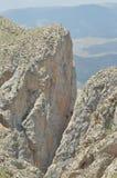 金牛座山 火鸡 峭壁和峡谷 加盖的峰顶雪 图库摄影