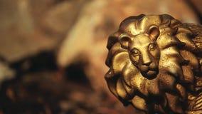 金狮子雕象石头背景没人hd英尺长度 股票视频