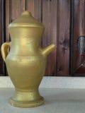 金瓶子 免版税库存照片