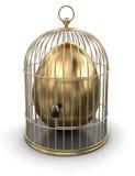金笼子用鸡蛋(包括的裁减路线) 免版税库存图片