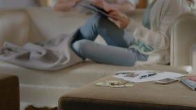 金融危机,失业问题,家庭预算,没有金钱 股票录像