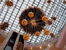 金装饰在购物中心 库存图片