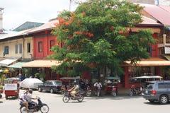 金边拥挤的街-柬埔寨的首都 免版税图库摄影