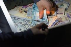 金钱抢劫和偷窃的概念  免版税库存照片