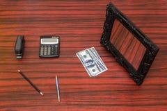 金钱短缺概念 免版税库存图片