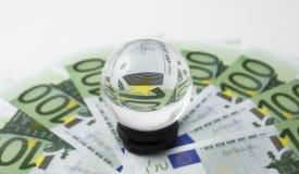 金钱100张欧洲钞票魔术  图库摄影