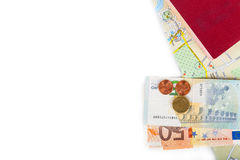 金钱& x28; Euro& x29; 护照和地图在白色背景 空间为 免版税库存图片