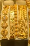 金银手饰店在盛大义卖市场在伊斯坦布尔 免版税库存图片