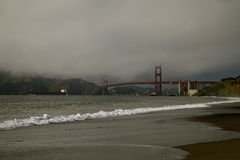 金门大桥在天之前 免版税库存图片