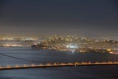 金门大桥在晚上,旧金山,美国 免版税图库摄影