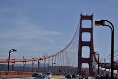 金门大桥看往旧金山的自行车道 库存照片