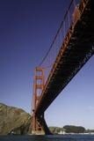 金门大桥长的红色间距  免版税库存照片