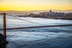 金门桥旧金山加利福尼亚西海岸日出 免版税图库摄影