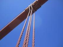 金门海峡桥梁悬挂装置缆绳 库存图片
