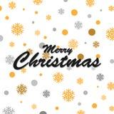 金闪烁的雪花和圣诞快乐书信设计 免版税库存图片