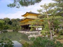 金黄京都宫殿 库存照片