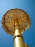 金黄伞, Wat Phrathat Doi Suthep寺庙在清迈 库存照片
