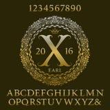 金黄信件和数字与最初的组合图案 皇家字体 向量例证