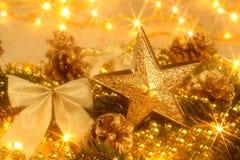 金黄圣诞卡 免版税库存照片