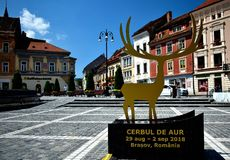 金黄在布拉索夫罗马尼亚Cerbul de Aur的雄鹿国际流行音乐节日 图库摄影