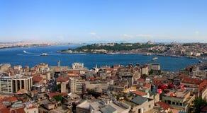 金黄垫铁伊斯坦布尔全景 图库摄影