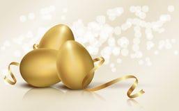 金黄复活节彩蛋 库存照片