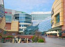 金黄大阳台购物中心,华沙,波兰 图库摄影