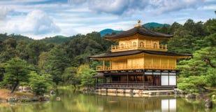 金黄寺庙在京都 免版税图库摄影