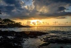 金黄日落在夏威夷 库存图片