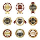 金黄标签徽章 优质服务冠豪华最佳的挑选邮票模板导航色的商标设计  库存例证