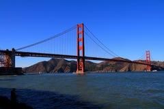 金黄桥梁的门 免版税图库摄影