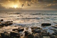 金黄海洋星期日 免版税库存图片