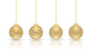 金黄球的圣诞节 套被隔绝的现实装饰 库存照片