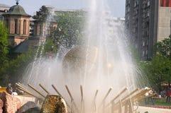 金黄的喷泉 免版税库存照片