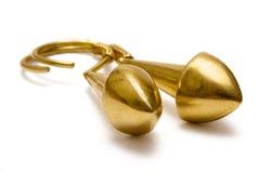 金黄的耳环 免版税库存图片