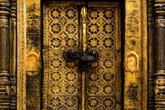 金黄的门 免版税库存照片