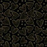 金黄线性心脏无缝的样式 免版税库存图片