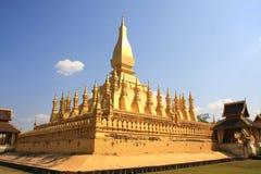 金黄老挝人stupa万象 免版税库存图片