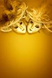 金黄背景的狂欢节 图库摄影