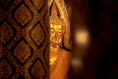 金黄菩萨寺庙phitsanulok的,泰国菩萨Chinnarat 免版税库存图片