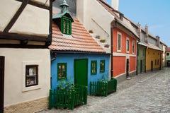 金黄街道。 布拉格。 库存图片