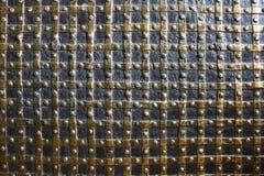 金黄维多利亚女王时代的墙纸 库存图片