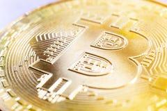 金黄Bitcoin数字式货币 库存照片