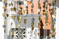 金黄Bodhi叶子和银Bodhi生叶为捐赠并且祈祷 免版税库存照片