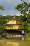 金黄kinkakuji kyot pavillion寺庙 图库摄影